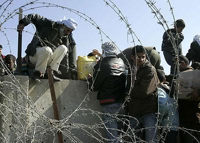 palestinians-from-gaza.jpg